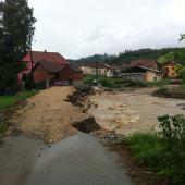 Река поново напада!